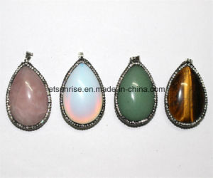 Fashion Gemstone Crystal Cabochon Pendant with Diamond Shape pictures & photos