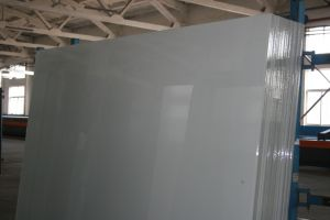 Ral9003 Extra Clear/Super White/Snow White/Ultra Clear Back Painted Glass pictures & photos