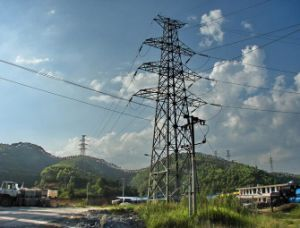 Supply of Uhv Transmission Line Tower pictures & photos