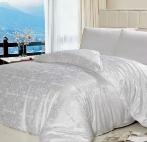 Smooth Cool King Size Mulberry Silk Quilt Set
