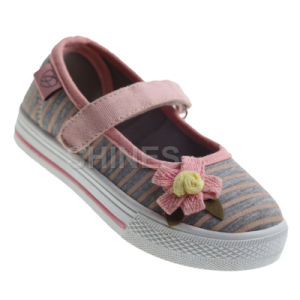 Girl′s Jersey Injection Shoe with Flower