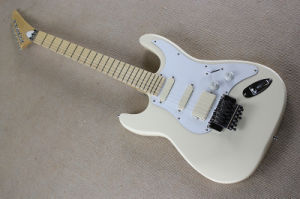 Hanhai Music/Milk White Electric Guitar with Floyd Rose pictures & photos