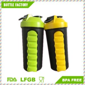 New Plastic Sports Shaker Bottle with 7days Pill Box pictures & photos
