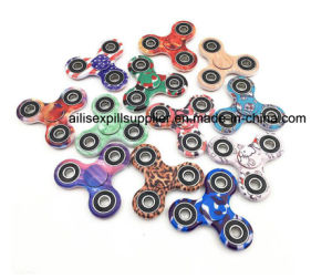 Factory Price 2017 Hot Sale Painted Plastic Metal EDC Fidget Spinner Hand Spinner pictures & photos