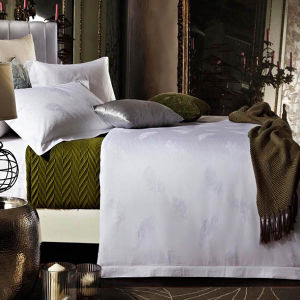 SGS Certified Luxury Hotel Cotton White Jacquard Duvet Cover Set pictures & photos