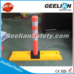Road Plastic Separator for Traffic Safety, Delineator Post Road Separator Road Lane Divider