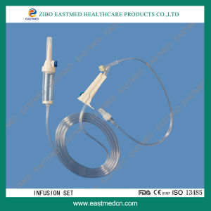 Disposable Infusion Set with Needle Free Injection Port pictures & photos