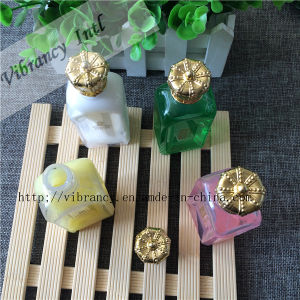 4~5star Hotel Disposable Crown Cap Bottle Hotel Shampoo pictures & photos
