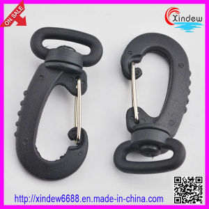 Black Plastic Hook Buckle for Bags Hook Buckles (XDZY-005) pictures & photos