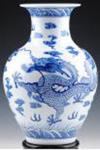 Chinese Porcelain Blue & White Vase pictures & photos