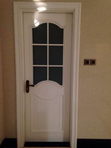 High Quality Solid Wooden Door for Hotel Apartment School R with Glass (DS-126) pictures & photos