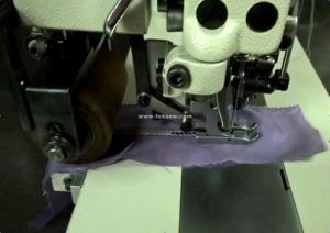 Double Needle Hemstitch Picoting Sewing Machine with Puller and Cutter pictures & photos