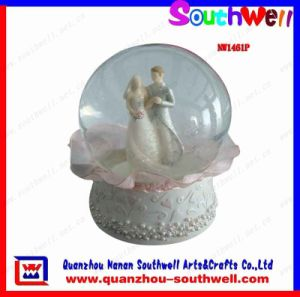 Polyresin Wedding Snow Globe, Wedding Gifts