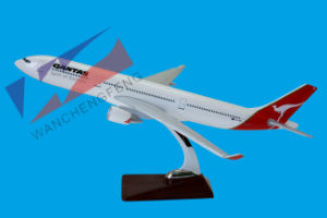 Customized Model Plane Airbus A330 Airplane Model Quantas Airline pictures & photos