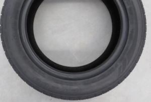 High Performance Hot Sale PCR / Passenger Car Tire Series (235/50ZR18) pictures & photos