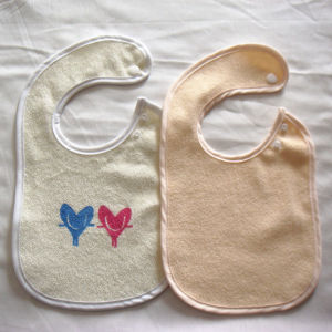 High Quality 100% Cotton Muslin Burpy Bib pictures & photos