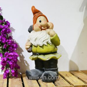 Handmade Small Garden Decor Gnomes Craft Sculpture Figurines