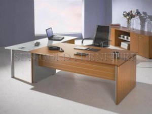 Modern Luxury Office Table Elegant Boss Desk/Executive Desk (SZ-OD005C) pictures & photos