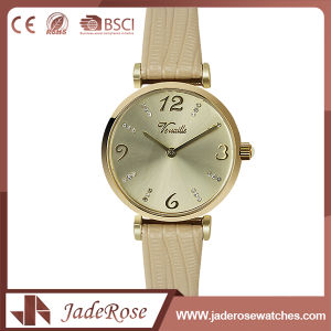Leather Water Resistant Wrist Watch for Girls pictures & photos