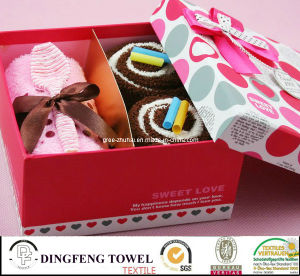 New Season Design Promotion Cake Gift Towel Sets Df-2872 pictures & photos