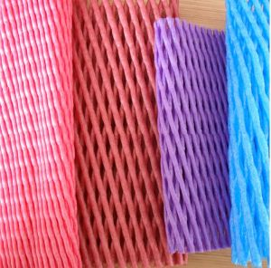 Colorful Fruit Packing Plastic Foam Tubular Net for Apple Protection pictures & photos