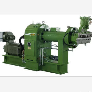 Hot Feed Rubber Extruder/ Rubber Machinery/ Extruder pictures & photos