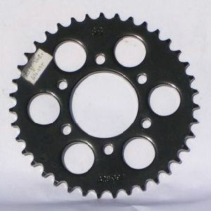 Motorcycle Sprocket/Black Color/with Heat Treatment pictures & photos
