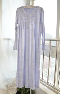 Smocking Sleepwear in Bamboo Material (OEM) pictures & photos