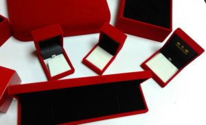 Red Plastic Jewelry Set Box pictures & photos