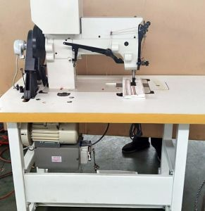 Heavy Duty Thick Thread Ornamental Stitching Sewing Machine by Cams pictures & photos