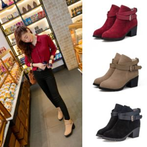 Autumn Fashion Round Toe Short Ankle Martin Boots PU Leather Rubber Bottom Women Boots pictures & photos