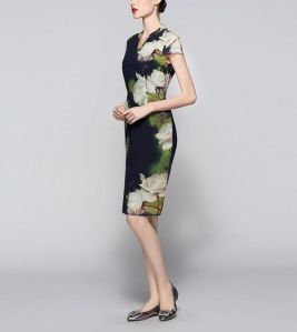 Summer Chinese Style Lotus Flower Print Elegant Women′s Dress pictures & photos