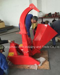 Forest Cutting Machine Pto Wood Chipper Shradder pictures & photos