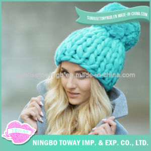 Keep Warm Hand Knitted Fashion Crocheted Winter Hat pictures & photos