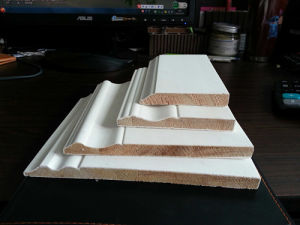 Factory Direct White Priemd Finger Joint Board Moulding with Moisture Resistant at Low Price pictures & photos