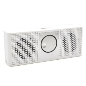 The Radio Shape Bluetooth Speakers M8 for English Players pictures & photos