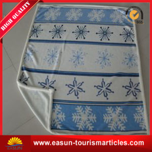 China Supplier Life Comfort Top Selling Polar Fleece Blanket with Embroidery pictures & photos