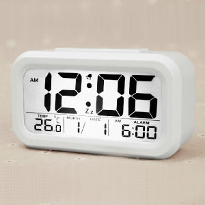 Backlight Clock Digital LED Snooze Electronic Clock pictures & photos
