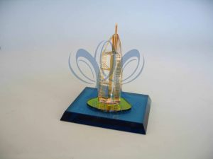 Duabi Gifts Burj Al Arab (Crystal and Gold Building Model) Small