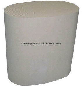 Honeycomb Ceramic Substrate Catalyst Used in Gasoline Engine pictures & photos