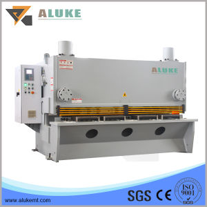 Hydraulic Guillotine for Metal Sheet Cutting pictures & photos