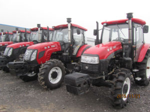 Hot Sale High Quality 135HP 4WD Farm Tractor From China Huaxia Factory pictures & photos