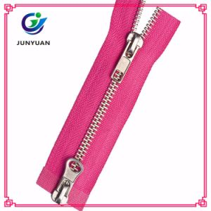 Heavy Duty Metal Double Sided Brass Zipper for Jaceket pictures & photos