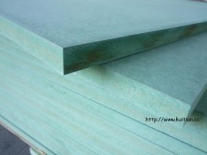 High Grade Mositure-Resistant MDF in Green Color for Kitchen/Decoration and Furniture Use