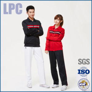 2016 OEM Spring School Cotton Uniform Customized in China pictures & photos