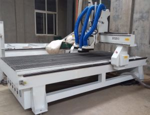1325-3 Automatic Spindle Change Atc CNC Router pictures & photos