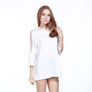 Wholesale Fashion Women Long Sleeve Insert Lace Shirt pictures & photos