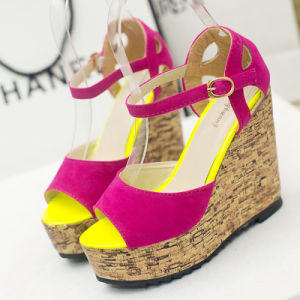 New Style Leather Sandals Asakuchi Platform Shoes Female Waterproof Solid Slope with High Heeled Sandals Fish Mouth pictures & photos