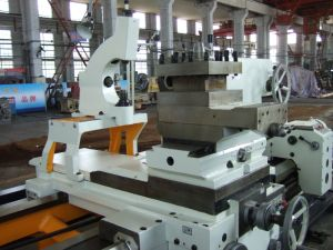 Cw61160L Common Horizontal Lathe /10tons Heavy Lathe/ Big Lathe pictures & photos