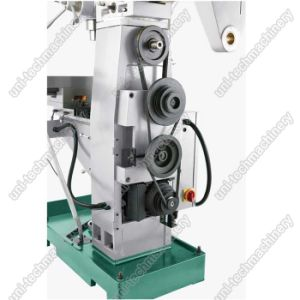 China High Precision Mini Drilling Milling Machine (ZX7550C) pictures & photos